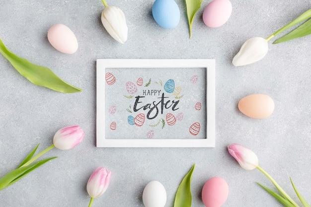 Рамка из тюльпанов с яйцами