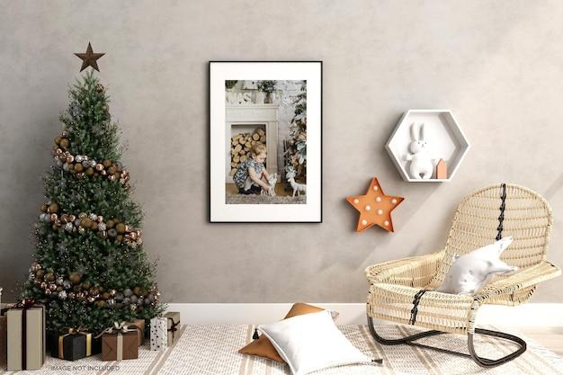 3d 렌더링에서 크리스마스 트리와 안락의자 모형 디자인이 있는 프레임