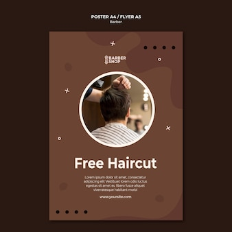 Uomo taglio di capelli gratuito al modello di poster del negozio di barbiere