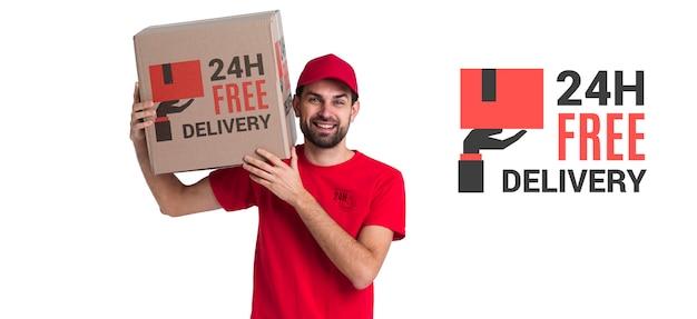 Бесплатная круглосуточная доставка и человек в красной форме