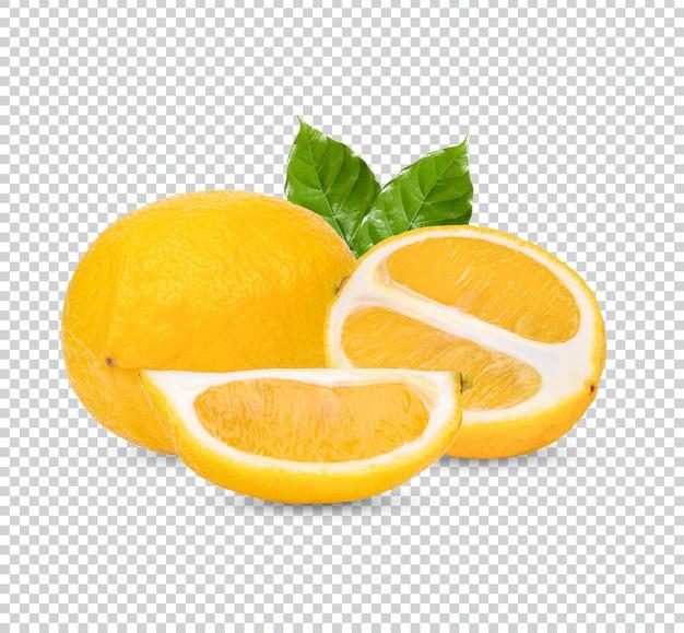 Свежий лимон с листьями изолирован premium psd