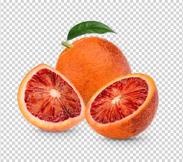 Свежая апельсиновая кровь целиком и нарезанная изолированными