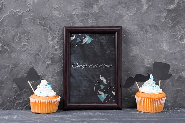 Front view of frame with cupcakes for fathers day