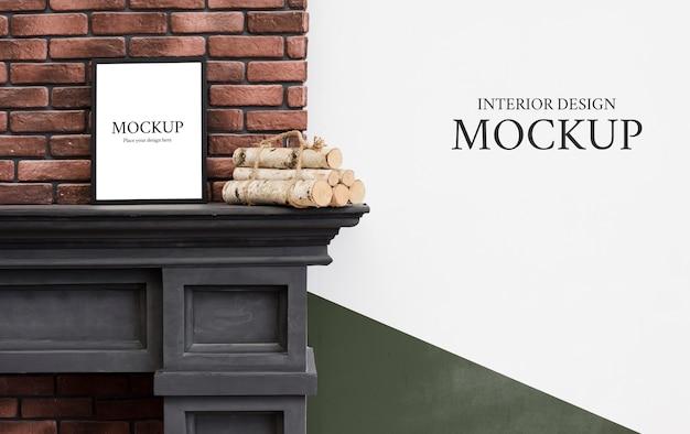 コピースペースと室内装飾のための暖炉のモックアップの正面図