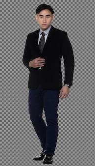 전신 20대 비즈니스 남자는 검은 머리 정장을 입고 카메라를 바라보고 고립되어 있습니다. 그을린 피부 근육 질의 남성 서 성공 기호, 흰색 배경