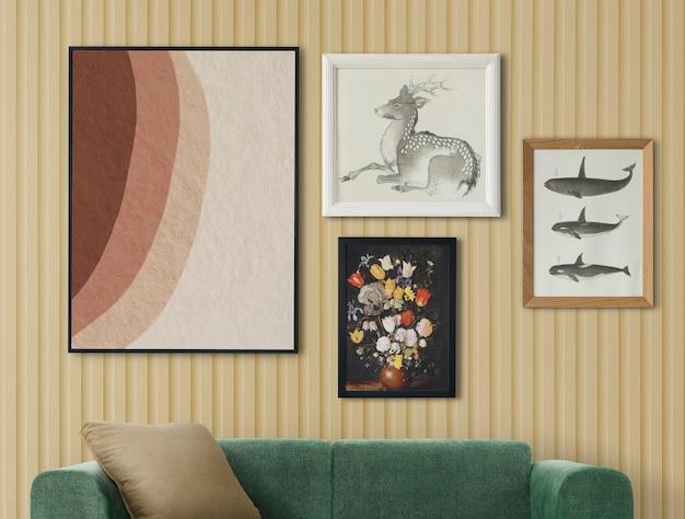 レトロな部屋の家の装飾のインテリアにぶら下がっているギャラリーの壁のモックアップpsd