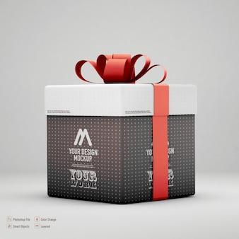 Изолированный макет подарочной коробки