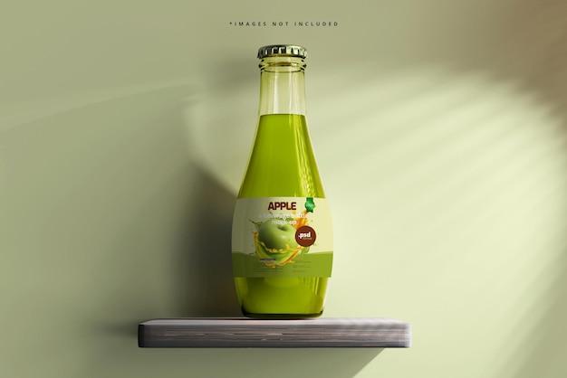Мокап стеклянной бутылки для напитков