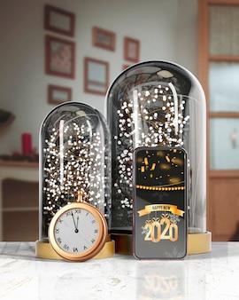 Глобус поддерживающий телефон с сообщением на новый год