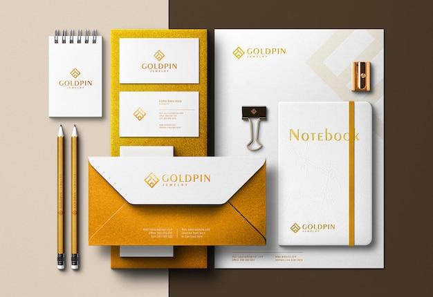 ゴールデンコーポレートアイデンティティシーンクリエーター&プレス印刷効果付きモックアップ
