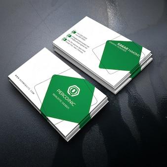 Зеленая визитная карточка