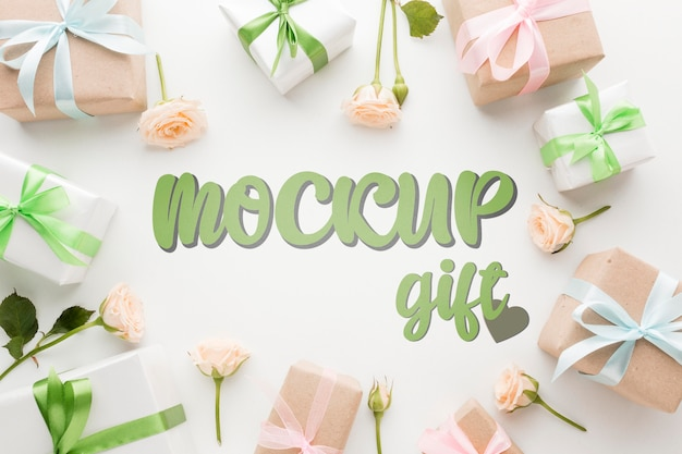 Green and pink gift boxes mock-up Free Psd