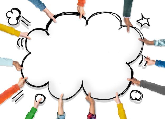 Gruppo di mani con il concetto di pop art