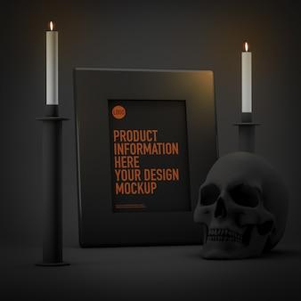 Макет рамки на хэллоуин рядом со свечами и черепом