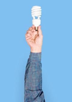 手持ちの電球