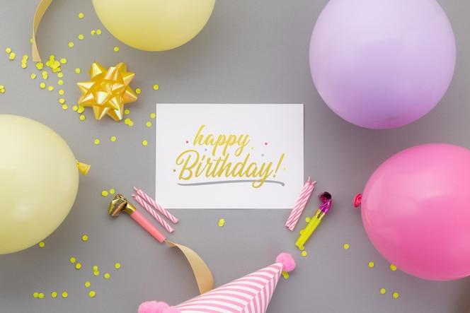 生日快乐背景,与飞行物邀请卡片大模型模板的平的小区党装饰。