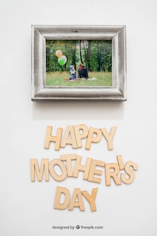 Happy mothers day lettering and photo frame