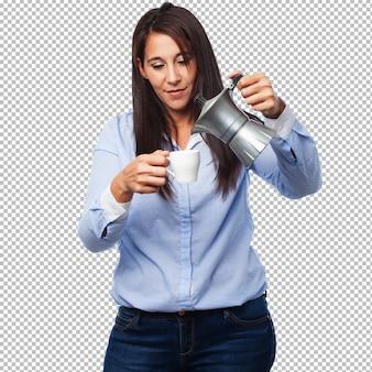 커피와 함께 행복 한 젊은 여자