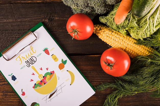 Healthy food mockup with clipboard
