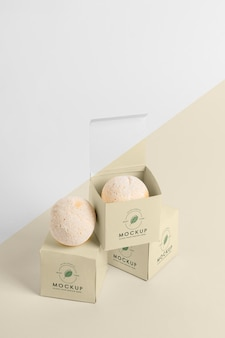 High angle boxes with bath bombs