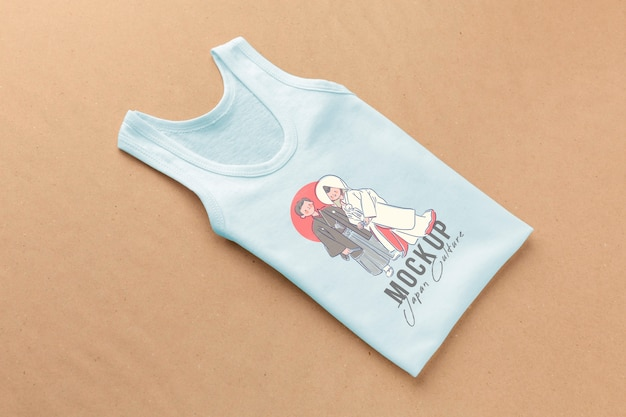 Composizione mock-up di t-shirt giapponese ad alto angolo