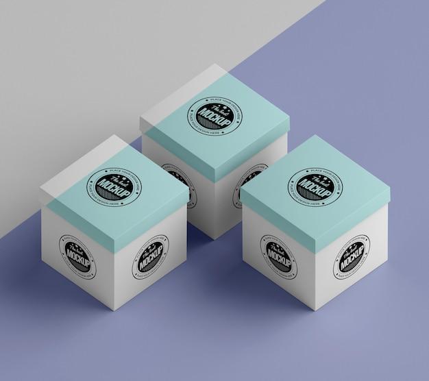 Mock-up della scatola di imballaggio ad alto angolo