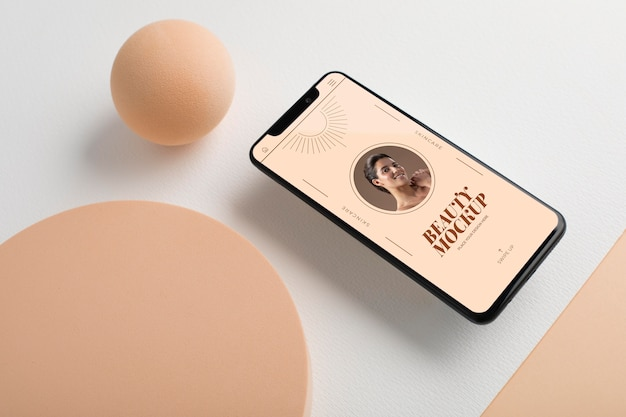 Modello di smartphone ad alto angolo