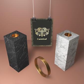 Высокий вид абстрактных современных блоков и золотое кольцо