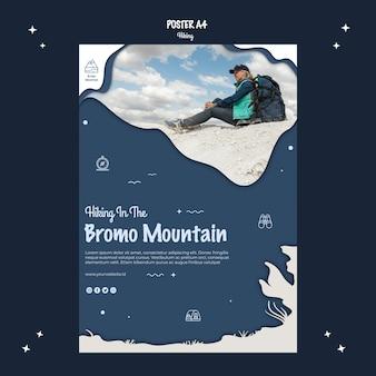 Escursionismo avventura in stile poster