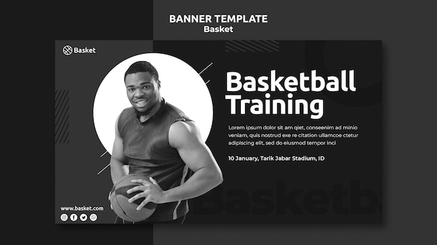 Banner orizzontale in bianco e nero con atleta di basket maschile