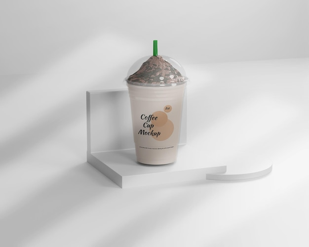 Макет чашки горячего и ледяного кофе