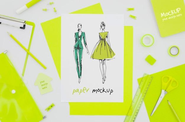 Idee di mock-up di carta per abbigliamento