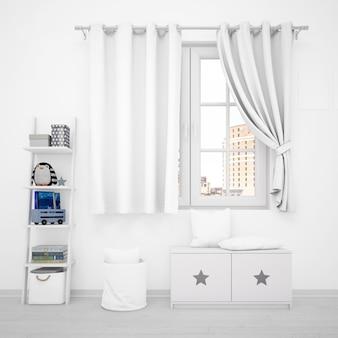 어린이 장난감이있는 실내 장식, 창문 및 흰색 가구
