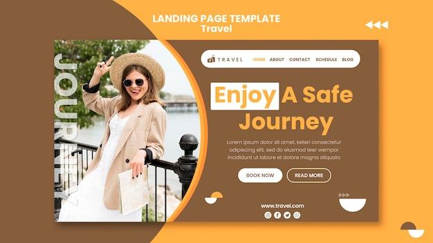 Modello di pagina di destinazione per viaggiare con la donna