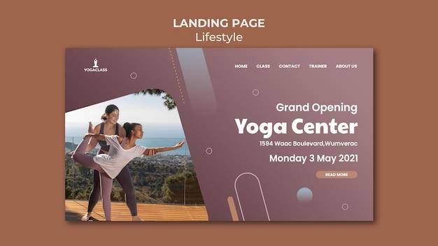 Modello di pagina di destinazione per la pratica e l'esercizio dello yoga