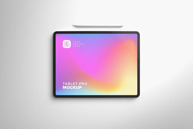 Мокап планшета landscape pro для цифрового искусства с ручкой