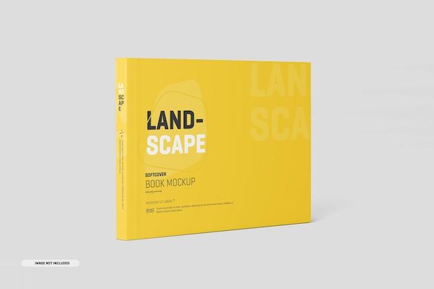 Пейзажный макет книги в мягкой обложке