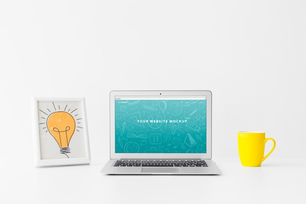 Laptop mockup for website presentation with back to school concept