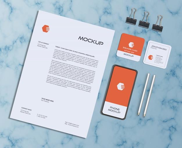 Макет визитной карточки и квадратной визитки