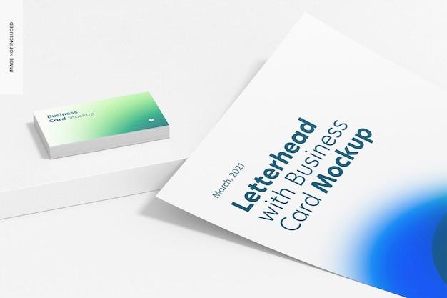 Фирменный бланк с макетом визитной карточки, крупным планом