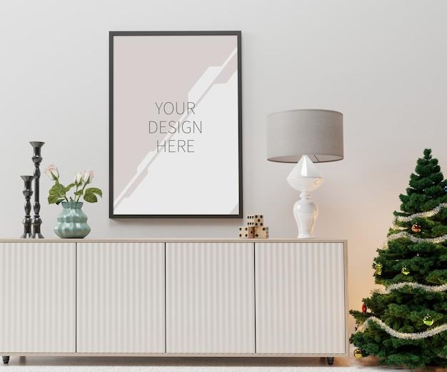 リビングルームのクリスマスのインテリアとフレームのモックアップ