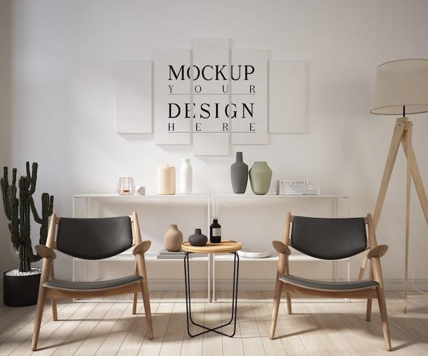 モックアップポスターとアームチェア付きのリビングルーム