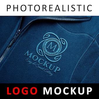 Logo mock up - вышитая спортивная ткань сшитая эмблема