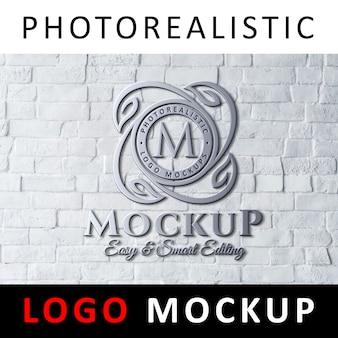 로고 모형-흰색 벽돌 벽에 3d 금속 크롬 로고 간판