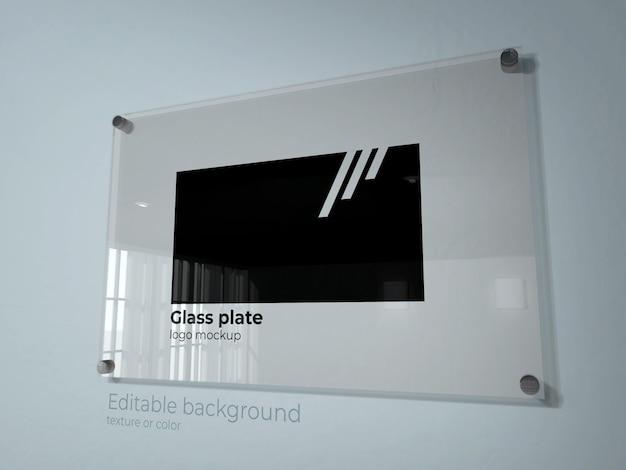 ガラス板上のロゴのモックアップ