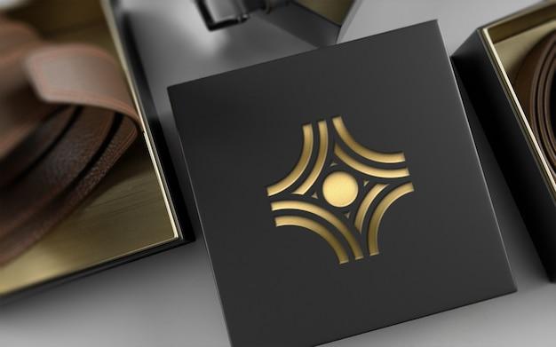 Пакет с логотипом на кожаном ремне