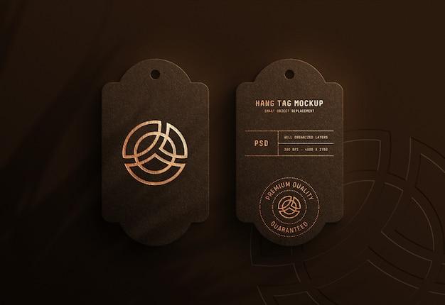 Макет логотипа на бирке luxury hang