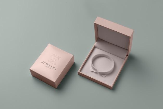 Disposizione di imballaggio di gioielli di lusso