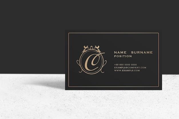 Mockup di biglietti da visita di lusso in tonalità nero e oro