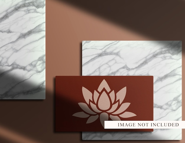 表彰台の背景と豪華なロゴ名刺モックアップ上面図
